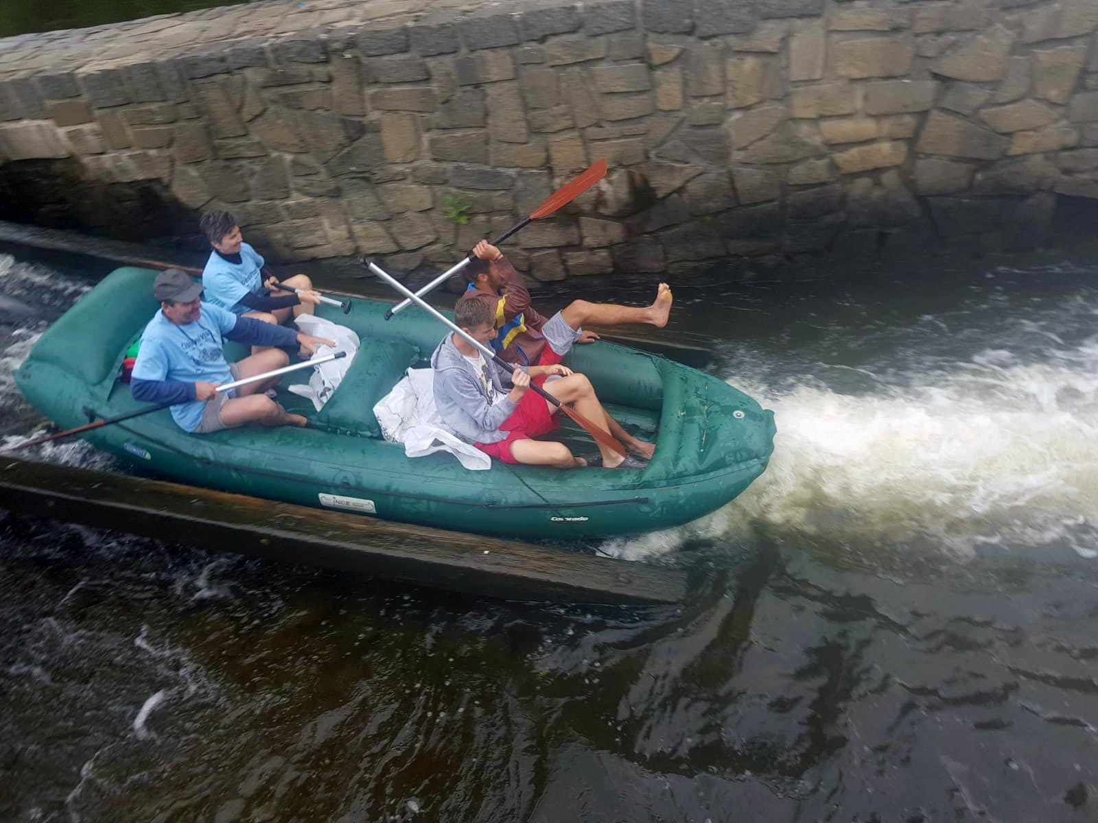 Čištění Vltavy
