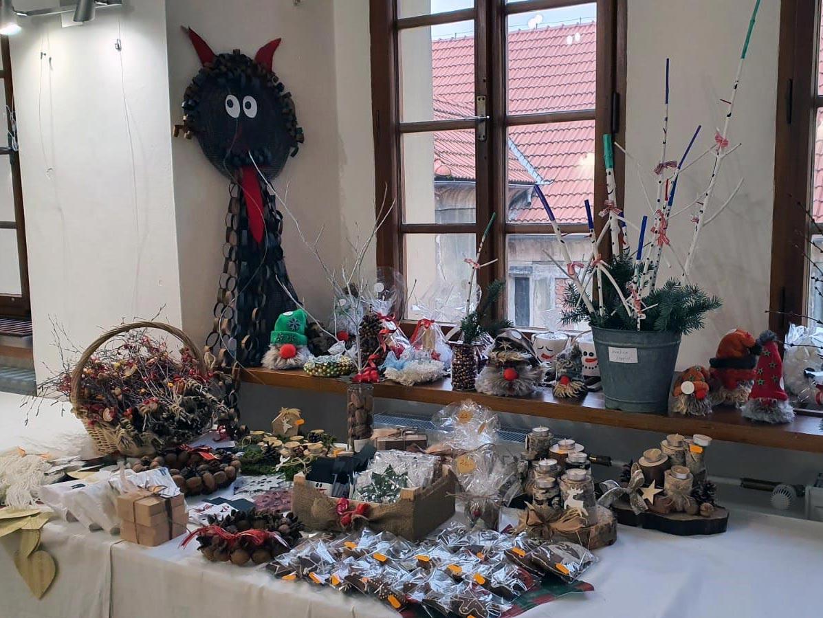 Prodejní výstava v budově MKZ Horšovský Týn